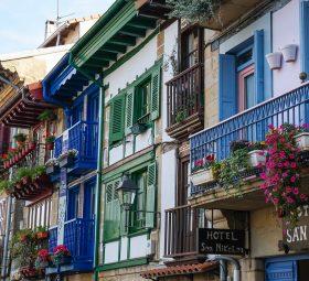 Zabezpieczenie balkonu przed sąsiadami