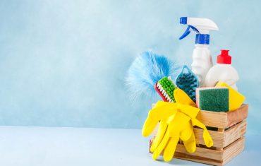 Jak skutecznie wyczyścić podłogi w mieszkaniu