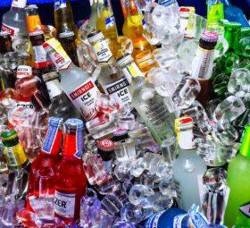 Choroba alkoholowa – jak sprawdzić czy jest się uzależnionym i w jaki sposób się leczyć